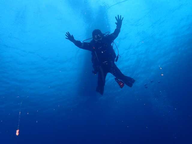伊豆の海でダイビング2日間でライセンス取得!